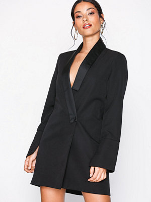 Missguided MB x MG Collar Detail Blazer Dress Black