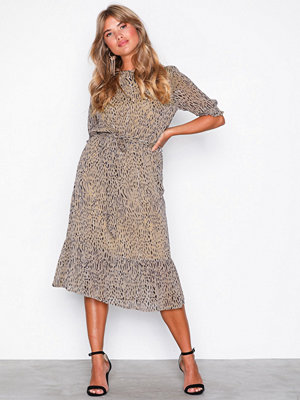 Vero Moda Vmsmila Ss Calf Dress SB6