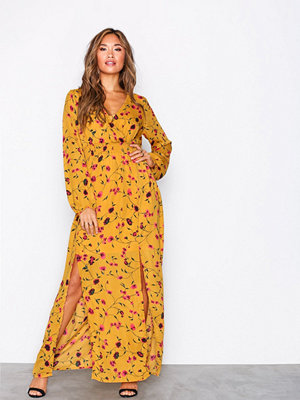Glamorous Long Sleeve Maxi Dress Mustard