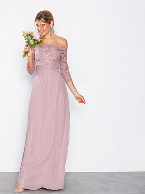 NLY Eve Off Shoulder Lace Gown Rose