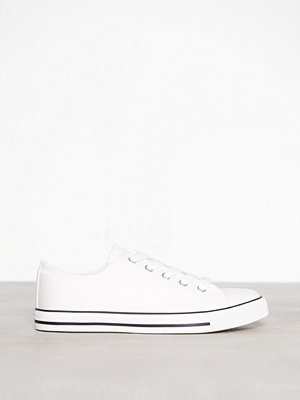 New Look Canvas Stripe Sole Trainers White