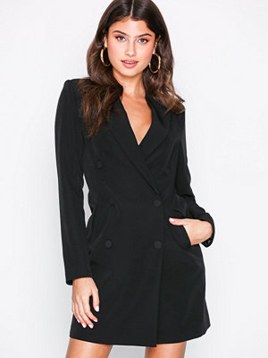 NLY Trend Power Suit Dress