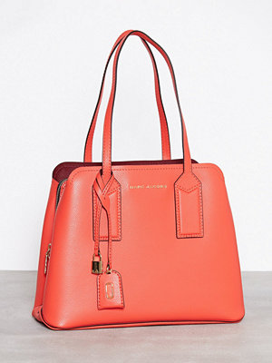 Handväskor - Marc Jacobs The Editor 38 Poppy Red