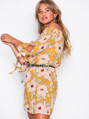 New Look Floral Tie Sleeve Bardot Neck Dress Yellow