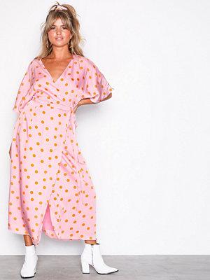 Gestuz Elsie wrap dress Pink