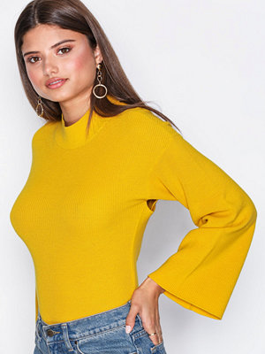 NLY Trend Cross Back Knit Mustard