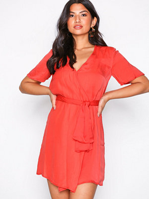 Glamorous Short Sleeve Wrap Dress Dark Coral