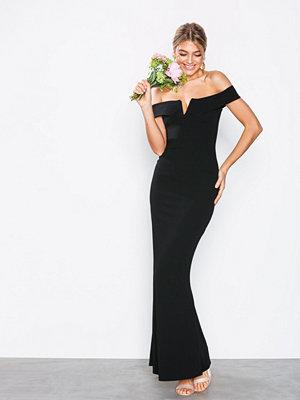 Missguided Crepe Bardot V Plunge Maxi Dress Black