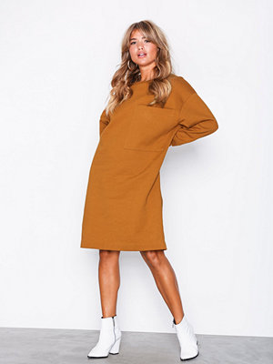 Selected Femme Slfalexandra Ls Sweat Dress W Brun