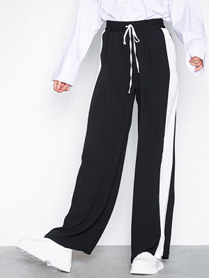 Glamorous omönstrade byxor Side Stripe Trousers Black/White