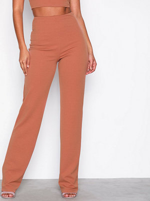 NLY One omönstrade byxor Straight Crepe Pant Rust