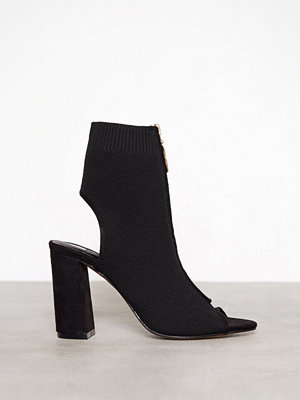 River Island Knitted Zip Front Boot Black