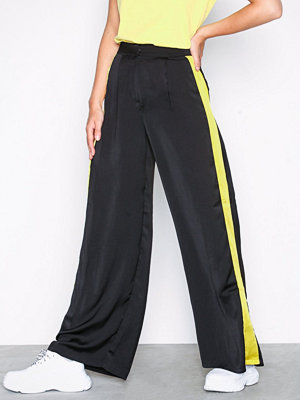 Glamorous svarta byxor Side Stripe Trousers Black