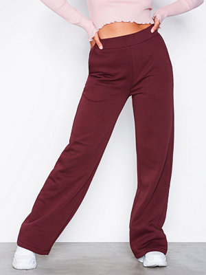 NLY Trend vinröda byxor Straight Sweat Pants Burgundy