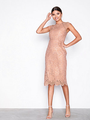 NLY Eve Cap Sleeve Tight Dress Ljus Rosa