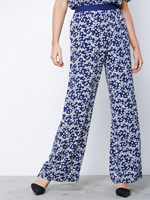 Samsøe & Samsøe mönstrade byxor Nessie pants aop 6515 Daisy