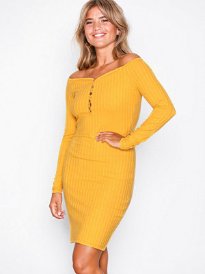 NLY Trend Sweetheart Rib Dress Mustard