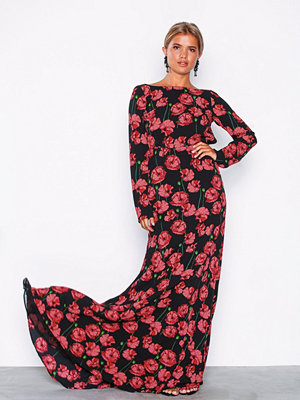 NLY Eve Scoop Back LS Gown Blommig