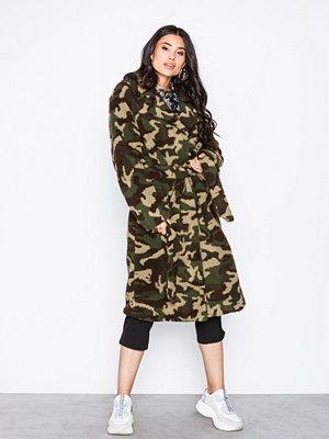 NLY Trend Tie Waist Teddy Coat Camo