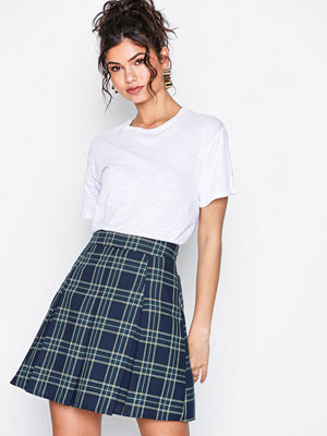 Kjolar - NLY Trend Check Pleated Skirt Rutig
