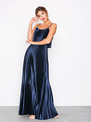 NLY Eve Pleated Satin Gown Navy