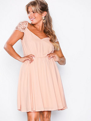 NLY Eve Take Me Out Dress Dusty Pink