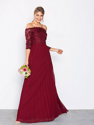 NLY Eve Off Shoulder Lace Gown Burgundy