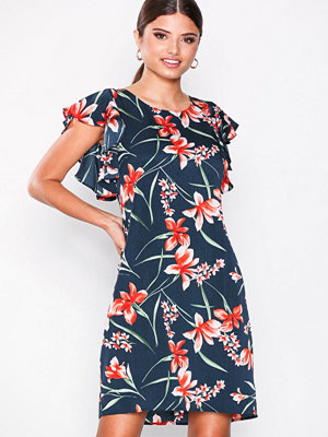 Dry Lake Madison Dress Petal