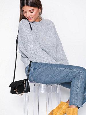NLY Accessories Mini Crossover Ring Bag Svart axelväska