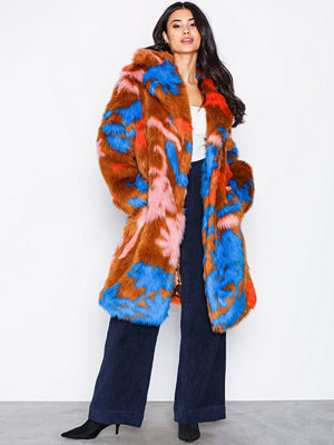 NLY Trend Statement Fur Coat
