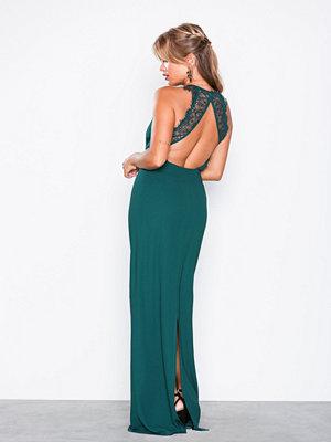 NLY Eve Maxi Crepe Gown Mörk Grön