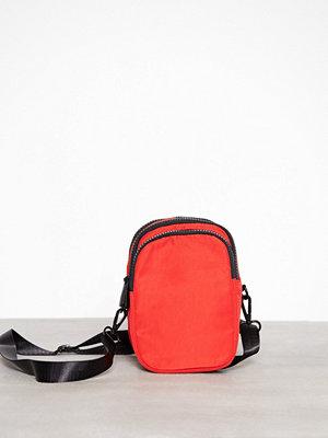 Topshop röd axelväska Nylon Pouch Red
