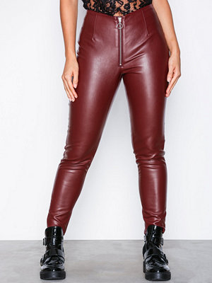 Missguided vinröda byxor Faux Leather Trousers Burgundy