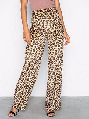 NLY Trend mönstrade byxor Velvet Leo Pants Leopard