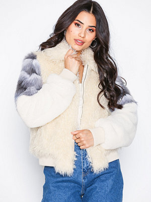 NLY Trend Fuzzy Patch Bomber