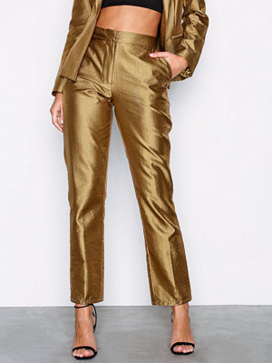 NLY Trend omönstrade byxor Fancy Pants Guld