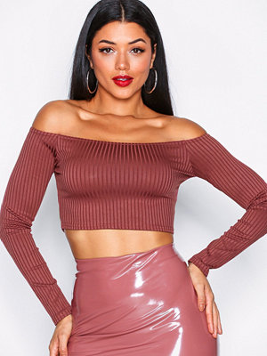 NLY One Off Shoulder Crop Top Mörk Röd