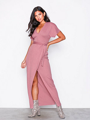 NLY Trend Maxi Crepe Dress Rosa