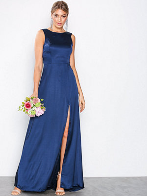 NLY Eve V-Back Satin Gown Navy