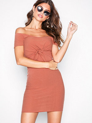 NLY One Tie Bust Rib Dress Rust
