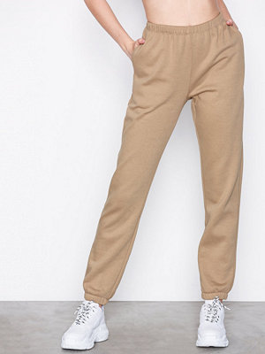 NLY Trend Cozy Sweat Pants Mörk Beige byxor