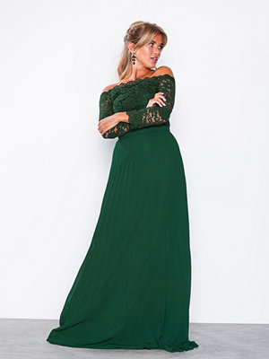 NLY Eve Off Shoulder Lace Gown Grön