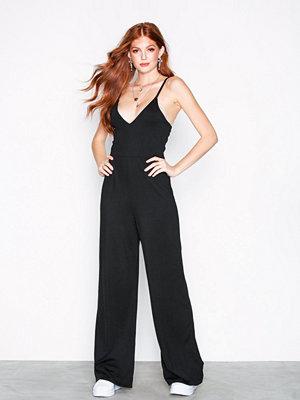 NLY Trend Wide Pants Jumpsuit Svart