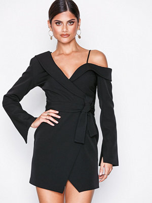 Missguided One Shoulder Tuxedo Dress