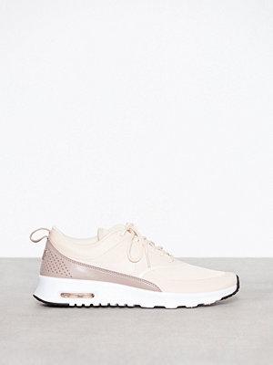 Sneakers & streetskor - Nike Nsw Wmns Nike Air Max Thea Guava