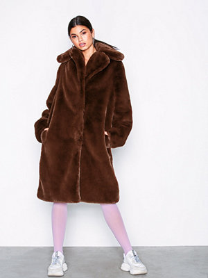 NLY Trend Luxury Fur Coat Brun