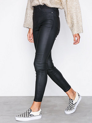 New Look svarta byxor Coated Jeggings Black