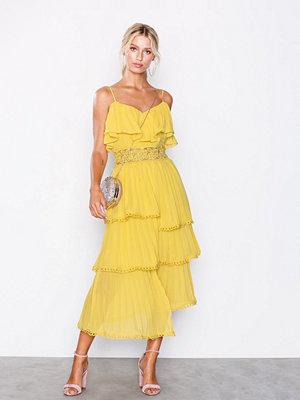 True Decadence Frill Midi Dress Mustard