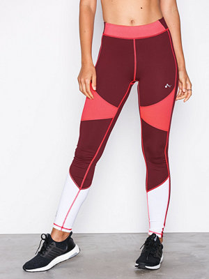 Only Play onpAMALIA Training Tights