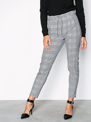 Vero Moda ljusgrå rutiga byxor Vmeva Mr Loose String Checked Pants Grå